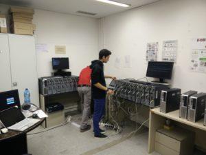 Entitat UPC-reutilitza reparant ordinadors