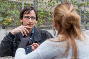 Pol Sarsanedas durant l'entrevista feta per Marta Molina