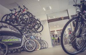 Tienda de bicicletas. Como escoger bicicleta.